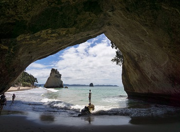 Cathedral Cove Sea Cave Adventures